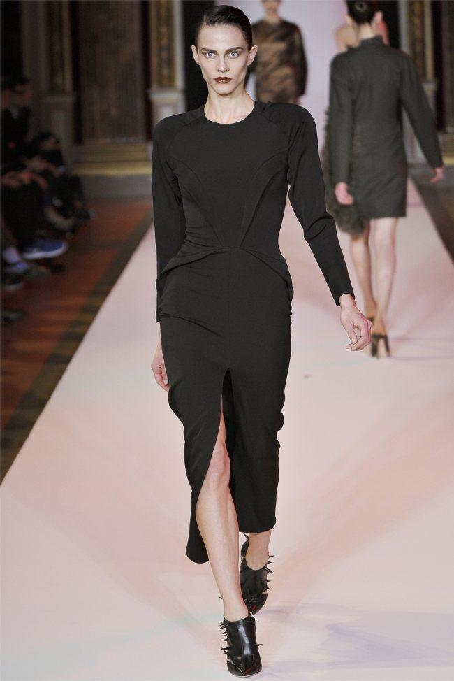 WTFSG_hakaan-fall-2012-paris-fashion-week_Aymeline-Valade