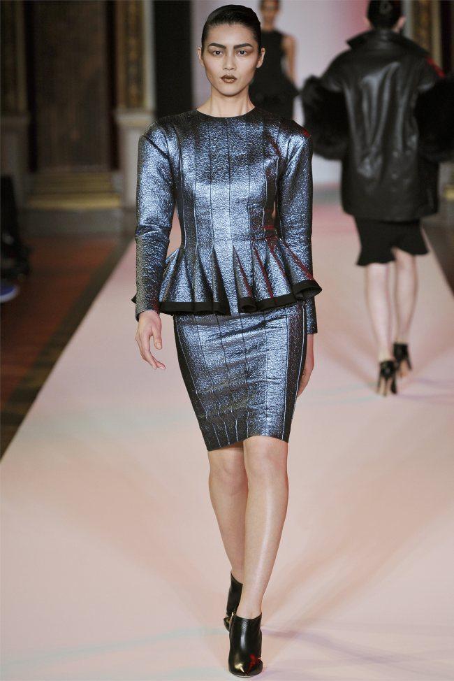 WTFSG_hakaan-fall-2012-paris-fashion-week_Liu-Wen