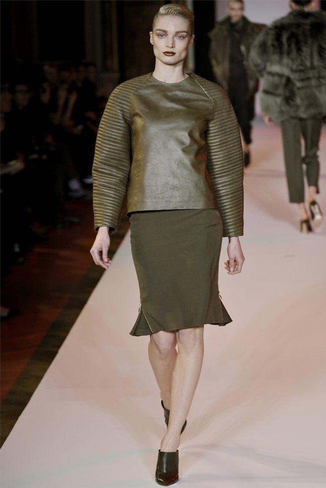 WTFSG_hakaan-fall-2012-paris-fashion-week_Melissa-Tammerijn
