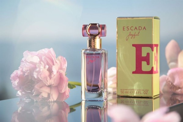 WTFSG_happiness-in-a-bottle-escada-joyful