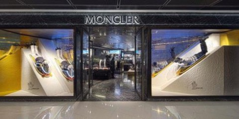 WTFSG_moncler-relocation-hong-kong-ifc-mall_moncler-ifc-store-facade