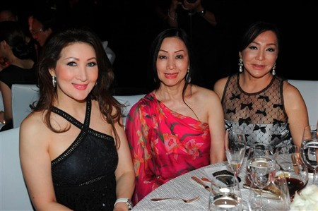 WTFSG_plumes-de-chanel-singapore-preview_Chiang-Yu-Lan_Sally-Djuhar_Diana-Widjaja