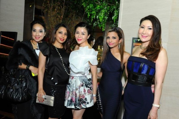 WTFSG_roger-vivier-rendez-vous-collection-singapore_Elaine-Teh_Dimple-Aswani_Sharel-Ho_Rasina-Rubin_Chiang-Yu-Lan