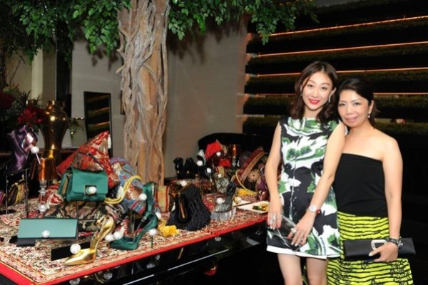 WTFSG_roger-vivier-rendez-vous-collection-singapore_Emy-Huang_Kitch-Lum