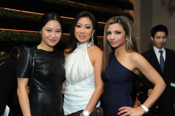 WTFSG_roger-vivier-rendez-vous-collection-singapore_Nina-Ng_Ingrid-Prasatya_Rasina-Rubin