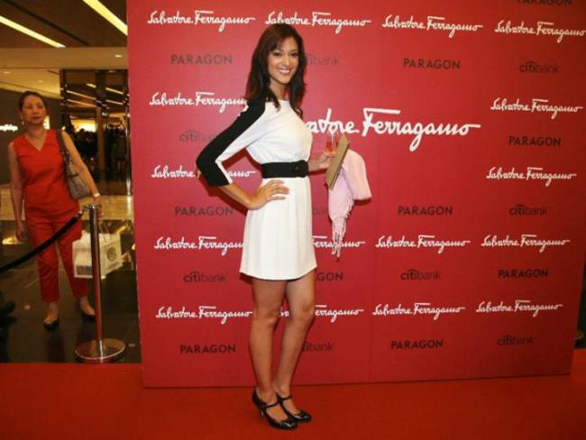 WTFSG_salvatore-ferragamo-ss-2011-launch-singapore_Linda-Black