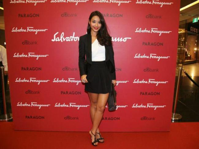 WTFSG_salvatore-ferragamo-ss-2011-launch-singapore_Marion-Caunter