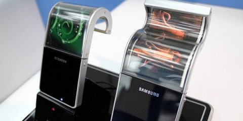 WTFSG_samsung-to-produce-bendable-phones