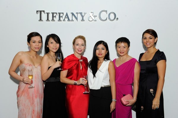 WTFSG_tiffany-co-masterpieces-2014-collection_Ginny-Wiluan_Jessie-Chew_Paige-Parker_Marilyn-Lum_Lim-Chi-Wen_Laurie-Wiluan