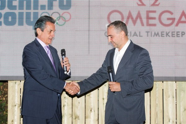 WTFSG_vanessa-mae-is-the-new-ambassador-for-omega_Stephen-Urquhart_Igor-Stolyarov
