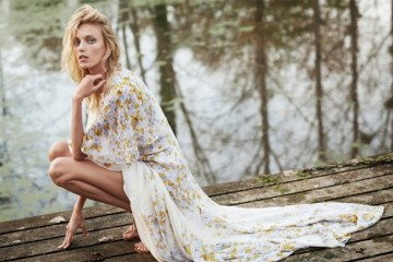 WTFSG-Anja-Rubik-The-Edit-Nico-1
