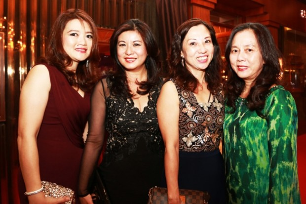 WTFSG_bedat-co-journey-through-time-viii-gala-dinner_Poh-Ling-Tan_Susan-Mah_Serene-Leong_Serena-Wong