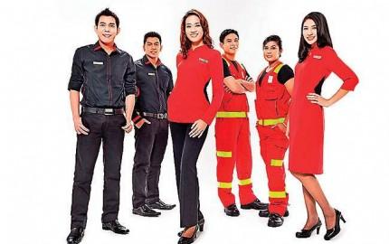 WTFSG_celest-thoi-designs-ground-crew-uniforms-for-airasia