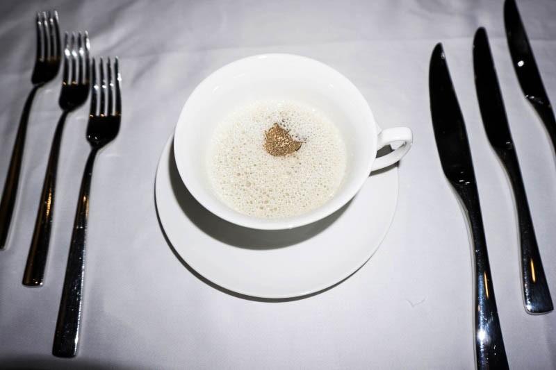 WTFSG_christmas-private-dining-ristorante-takada_Mushroom-Cappuccino_Truffle-Foam