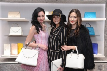 WTFSG_grand-opening-valextra-boutique-hk_Ana-R_Janet-Ma_Kathy-Chow