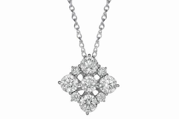 WTFSG_larry-jewelry-lazare-diamonds-holiday-collection_4