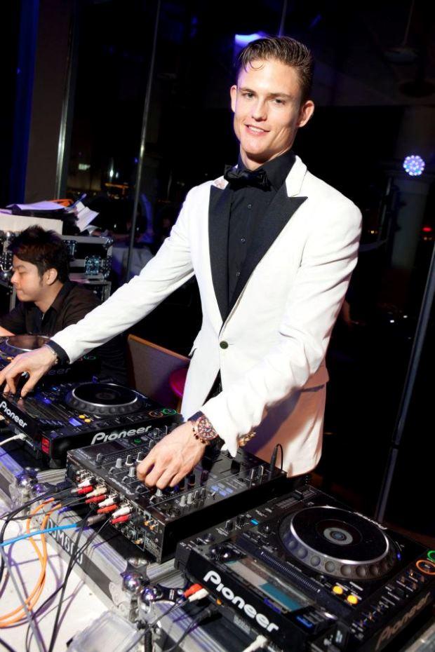 WTFSG_quintessentially-awards-asia-pacific-2011_DJ