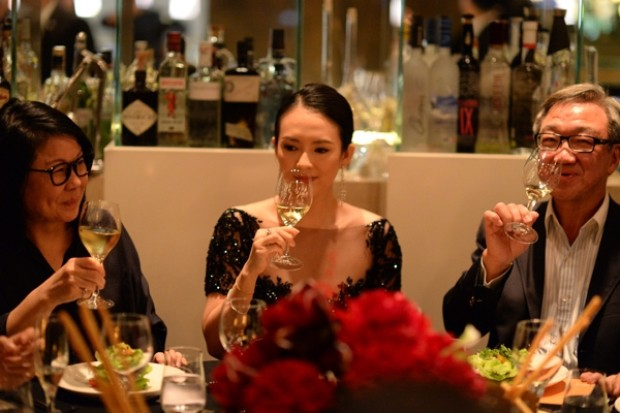WTFSG_singapore-international-film-festival-fundraising-dinner_Phyllis-Lucas-Kee_Zhang-Ziyi_Loo-Choon-Yong