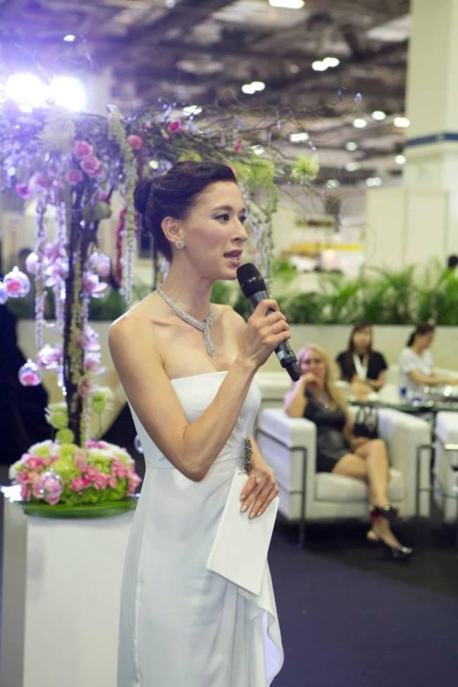 WTFSG_singapore-jewellery-gem-fair-2014_Stephanie-Carrington