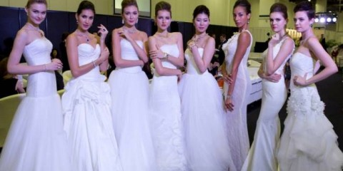 WTFSG_singapore-jewellery-gem-fair-2014_models