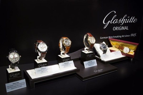 WTFSG_the-art-of-the-chronograph-exhibition-by-glashtte-original_2