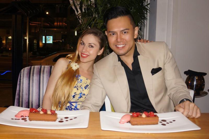 WTFSG_xperience-restaurant-bar-sofitel-so-singapore_Vanessa-Emily-Herbert-Rafael