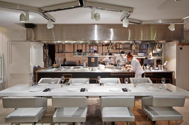 WTFSG_xperience-restaurant-sofitel-so-singapore_kitchen