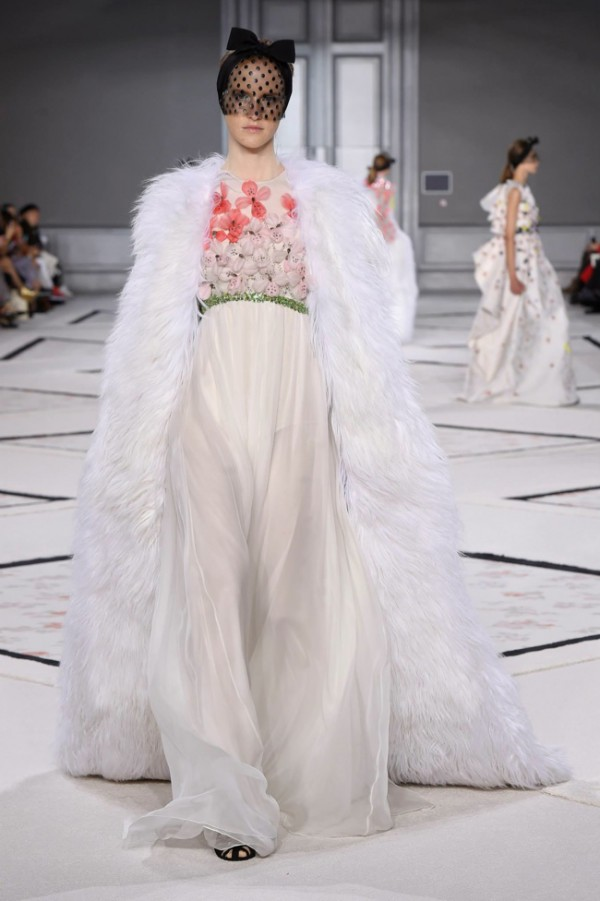 WTFSG-giambattista-valli-spring-2015-haute-couture-10