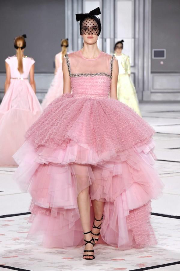 WTFSG-giambattista-valli-spring-2015-haute-couture-12
