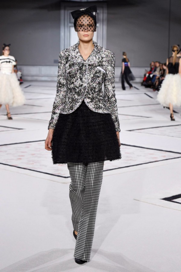 WTFSG-giambattista-valli-spring-2015-haute-couture-5