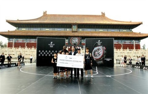 WTFSG_dwyane-wade-1-million-rmb-basketball-charity-challenge_9