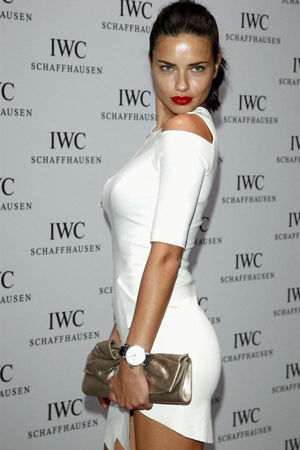 WTFSG_iwc-top-gun-gala-sihh-2012_Adriana-Lima