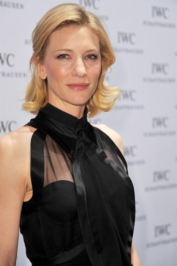 WTFSG_iwc-top-gun-gala-sihh-2012_Cate-Blanchett-redcarpet