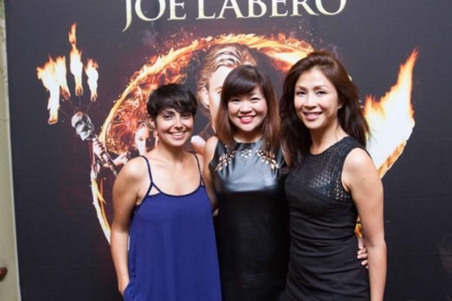 WTFSG_joe-labero-a-night-of-magic-raffles-hotel_Anita-Kapoor_Ng-Lay-Peng_Wong-Li-lin