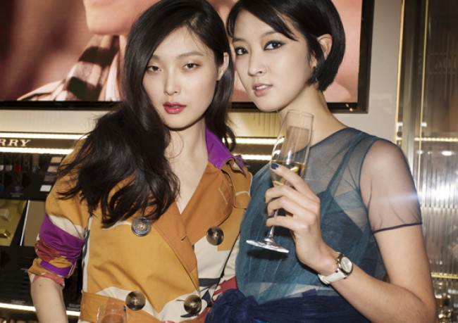 WTFSG_opening--first-burberry-beauty-box-asia_Sung-Hee_Kang-So-Young