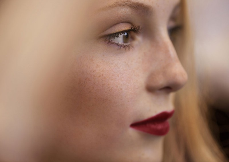 WTFSG_burberry-festive-beauty-2014_6