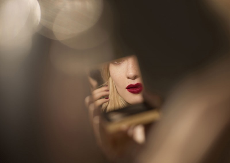WTFSG_burberry-festive-beauty-2014_9