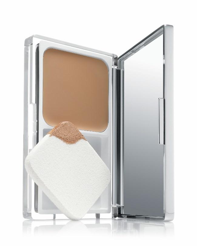 WTFSG_clinique-even-better-compact-makeup