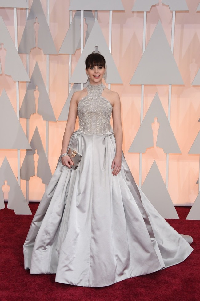 WTFSG_felicity-jones-alexander-mcqueen-silver-dress-oscars-2015