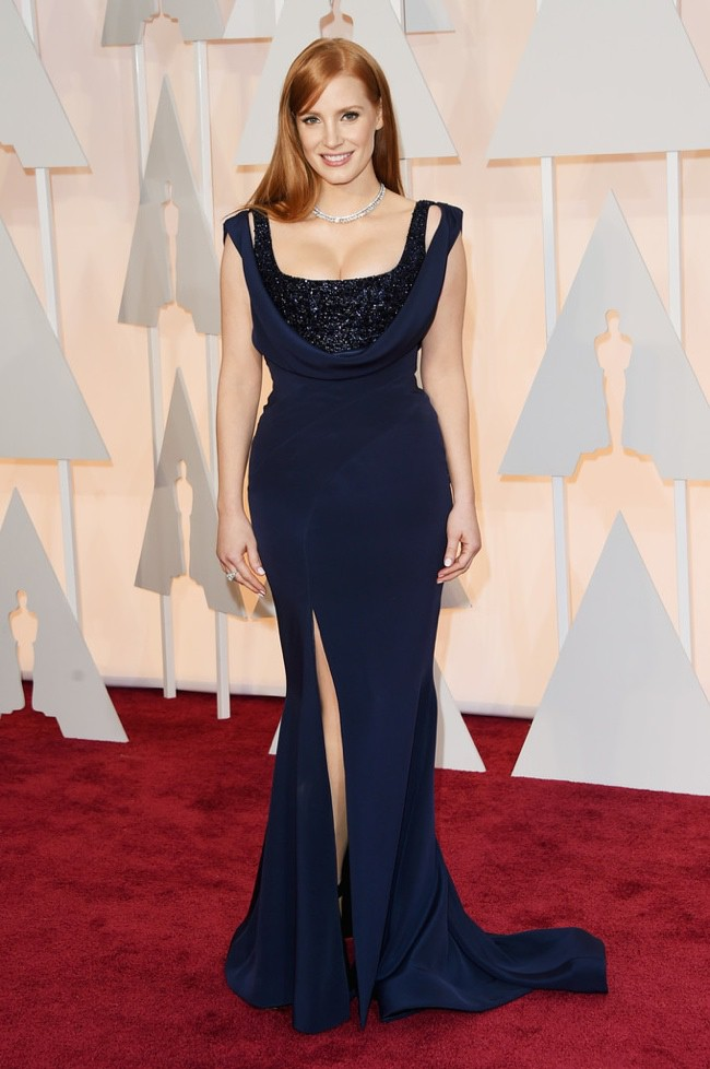 WTFSG_jessica-chastain-navy-blue-givenchy-gown-oscars-2015