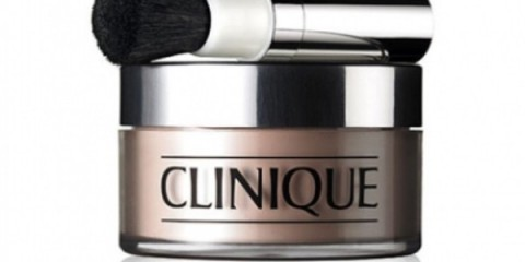 clinique-blended-face-powder-brush