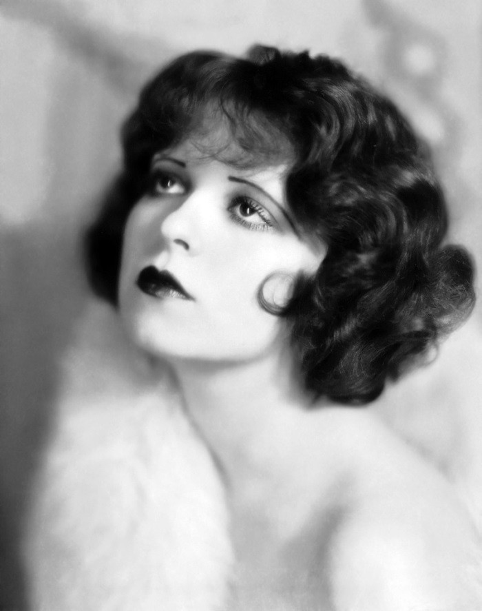 WTFSG_1920s-hairstyles-short-curly-bobs-updos_Clara-Bow