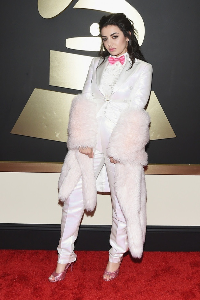 WTFSG_2015-grammy-awards-red-carpet-style_Charli-XCX
