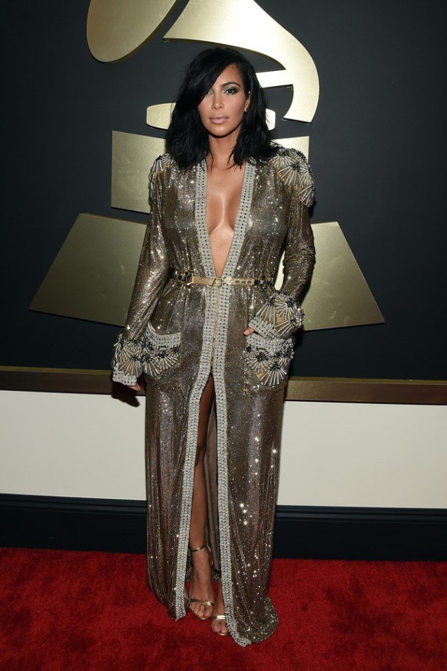 WTFSG_2015-grammy-awards-red-carpet-style_Kim-Kardashian