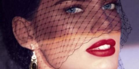 WTFSG_Laura-Mercier-Fall-2013-Rouge-Nouveau-Weightless-Lip-Colour