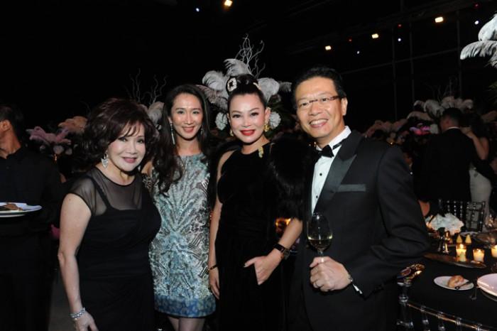 WTFSG_american-express-centurion-gala-2015_Lotus-Soh_Sharmaine-Han_Susanna-Kang_Cheng-Heng-Chew