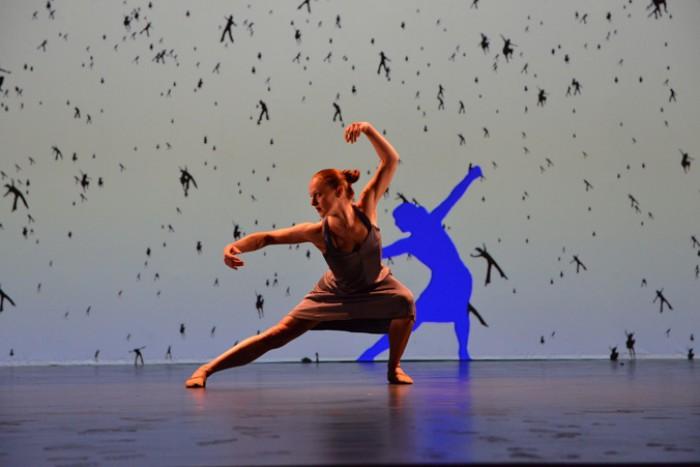 WTFSG_american-express-centurion-gala-2015_Performance_Americas-Got-Talent_Blue-Journey