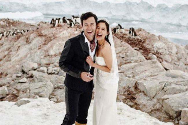 WTFSG_antartica-wedding_George-Young_Janet-Hsieh_nick-onken