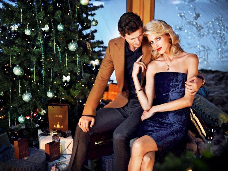 WTFSG_apart-christmas-2013_13