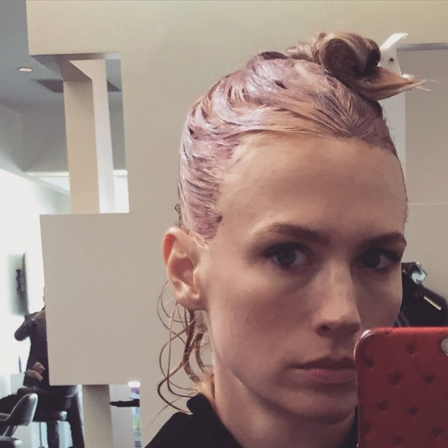 WTFSG_january-jones-pink-hair_selfie